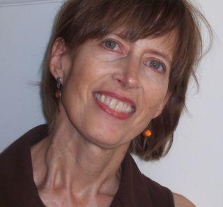 Pam Quinn Headshot