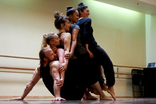 Q1_dancers
